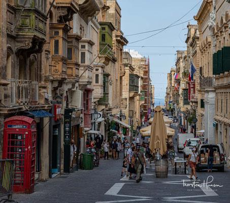 Republic Street – Hauptachse und Hauptgeschäftsstraße Vallettas