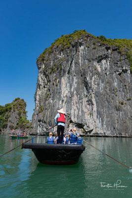 Ruderfahrt zur Insel Cat-Ba in der Halong Bucht