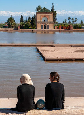 Der Garten wurde 1156–1157 unter dem Almohaden-Herrscher Abd al-Mu'min angelegt. Seit 1985 steht der Menara-Garten gemeinsam mit der Altstadt von Marrakesch und den Agdal-Gärten auf der Liste des Weltkulturerbe der UNESCO.