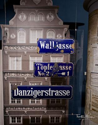 Alte deutsche Strassenschilder in Danzig