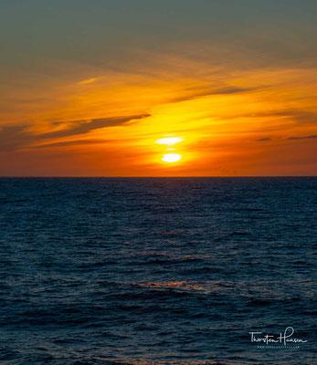 Traumhafter Sonnenuntergang in der Antarktis