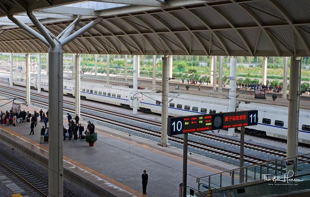 Bahnhof von Xining und Startpunkt der Lhasa Bahn