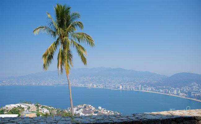 Panorama der Bucht von Acapulco von der Kapelle von La Paz.