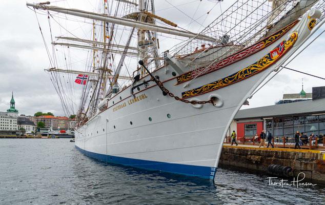 Die Namensgebung Statsraad Lehmkuhl erfolgte aus Anerkennung für dessen hervorragende Staatsdienste und den Einsatz für den Ankauf des Schiffs.