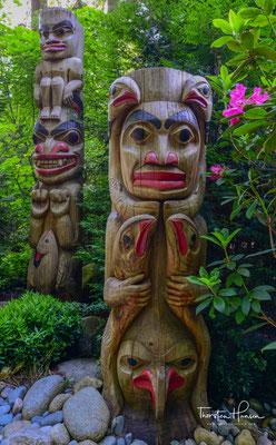 Zur Geschichte der Pfähle und zu den Ureinwohnern Kanadas gibt es historische Exkurse und Anschauungsstücke.