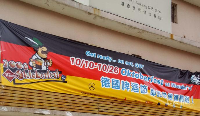 Hinter den Marktständen liegen einige der besten Meeresfrüchterestaurants des Landes.