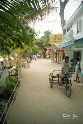 Boracay ist eine zu den Philippinen gehörende, nordwestlich von Panay gelegene Insel.