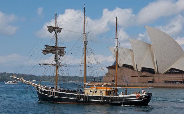 Sydney Harbour und Opera House