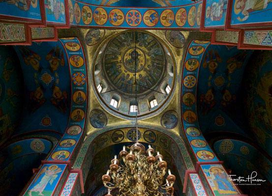 Viele Legenden und Wunder sind mit dem Hauptheiligtum des Michaelsklosters – den Reliquien der Heiligen Barbara – gebunden.