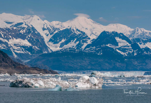 Der Meares-Gletscher ist ein 23 km langer Gletscher im US-Bundesstaat Alaska