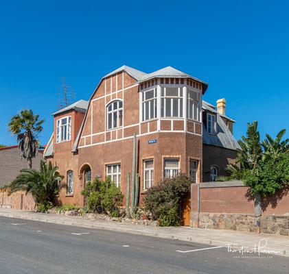 Von einer Erkundungstour auf dem Oranje-Fluß im Jahre 1886 kehrte Lüderitz nicht zurück und gilt als seither verschollen.