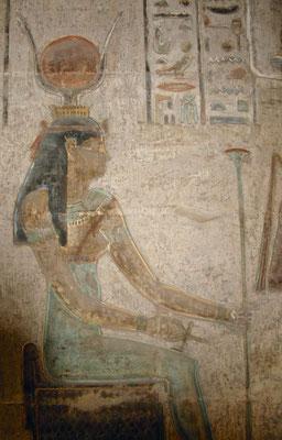 Reliefs im Deir el Medina Tempel