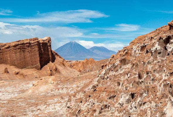 Das Tal erstreckt sich als Teil der Atacamawüste nahe dem Salar de Atacama und dem Vulkan Licancabur und bildet den sechsten Sektor des im Jahre 1990 gegründeten Nationalreservat Los Flamencos.