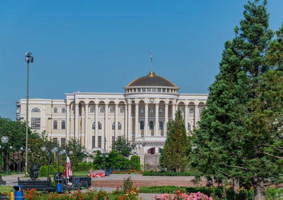 Palast der Nation in Duschanbe