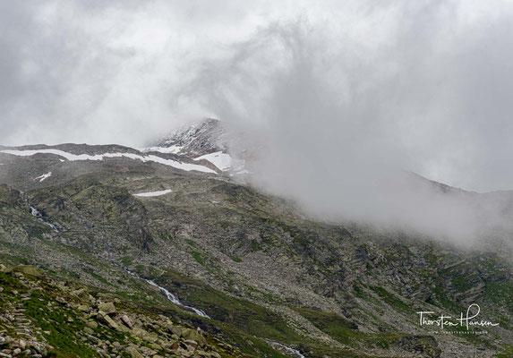 Der Zamsergrund und der Schlegeisgrund sind Ausgangspunkt für Touren entlang des Berliner Höhenweges, zum Friesenberghaus (2.477 m),