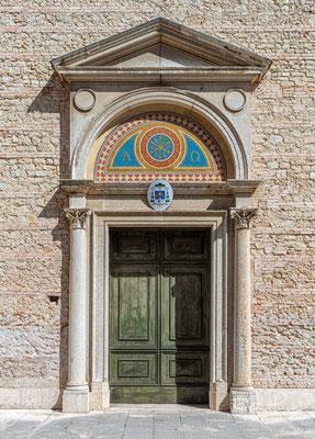 Asolo und seine Umgebung ist bekannt für seinen Weinbau. Der Ort liegt im klassischen Prosecco-Gebiet. Hier wird ein besonderer Prosecco hergestellt – der Asolo Prosecco