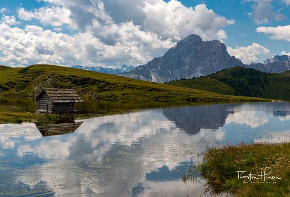 Im Jahr 2009 wurden die Dolomiten zum UNESCO-Welterbe erklärt und damit offiziell als Naturstätte anerkannt, die aufgrund ihrer Einzigartigkeit besondere Aufmerksamkeit und Schutz verdient.