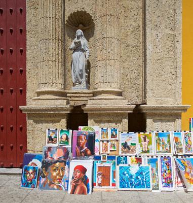 Die Stadt wurde im Zuge der Kolonialisierung Südamerikas am 1. Juni 1533 von Pedro de Heredia gegründet. Bei der Eroberung und Stadtgründung erhielt der spanische Konquistador Unterstützung von der India Catalina.