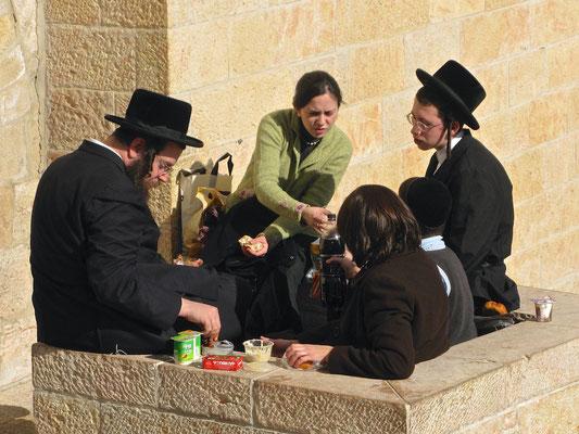 Orthodoxe Juden an der Klagemauer