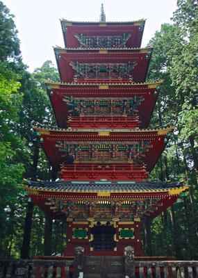 Fünfstöckige Pagode in Nikko