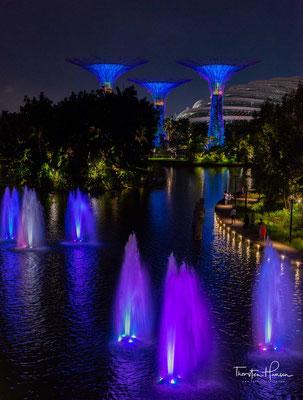 Diese Politik der Regierung wurde vom Premierminister Singapurs, Lee Hsien Loong, am Nationalfeiertag 2005 verkündet. Die Parklandschaft entlang des Meers und am Marina Reservoir soll ein anziehendes Erholungsgebiet für die Stadtbevölkerung werden.