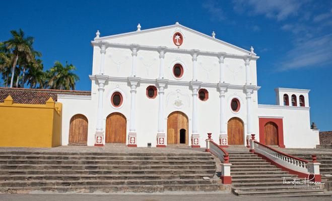 San Francisco-Kloster: Es wurde 1529 von Bruder Toribio Benevante Motolina gegründet, einem Franziskaner (OFM). Um 1835 wurde es auch als Universität genutzt, zwischen 1867 und 1868 wurde es zum Kloster. Seit 1986 ist hier eine Ausstellung für präkolumbis