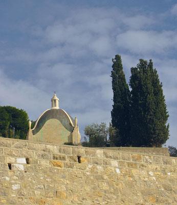 An der Stelle, an der Jesus über die Stadt Jerusalem geweint hat, steht heute eine kleine Kapelle