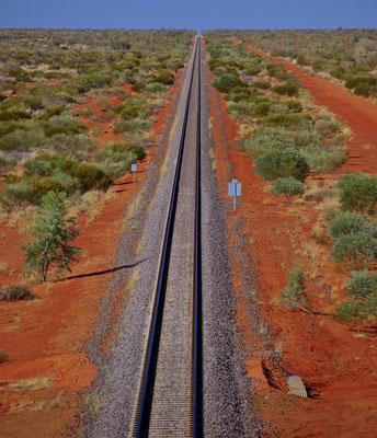 Gleise der berühmten Ghan-Bahn