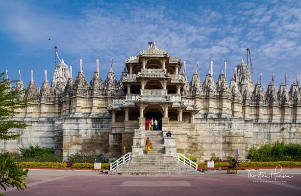 Adinath-Tempel von Westen