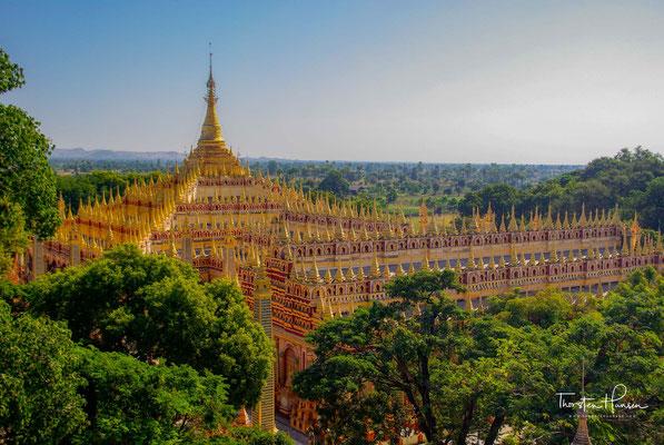 Die Thanbodday Pagode. Mehr als sagenhafte 580.000 Buddha-Figuren schmücken diese imposante Tempelanlage.