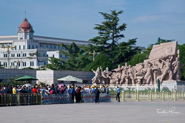 Tian'anmen-Platz - Gedenkhalle für den Vorsitzenden Mao
