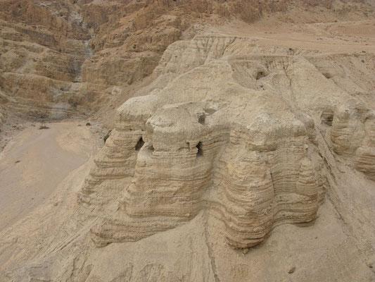 Die Höhlen von Qumran Nummer 4, 5 und 7 bis 10