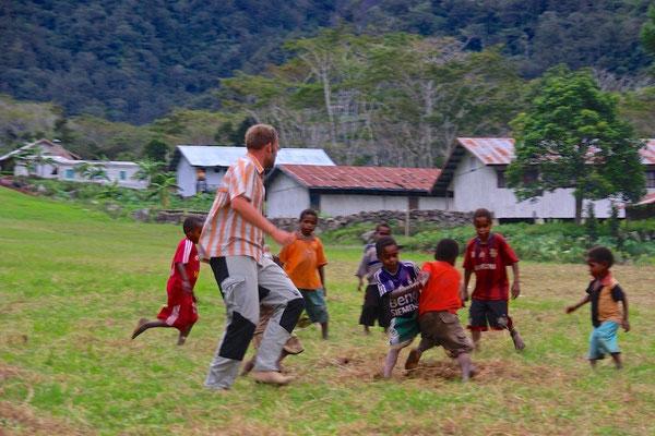 Fussball in Tangme