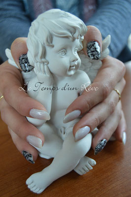 décoration déco ongles vernis semi permanent peggy sage beauty nails mary cohr le temps d'un rêve