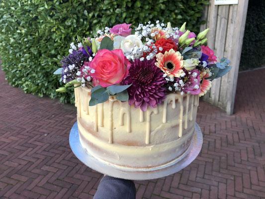 Bloemen taart, taart voor volwassenen