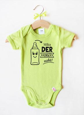 Babybody mit Namen - Babyflasche in Grün
