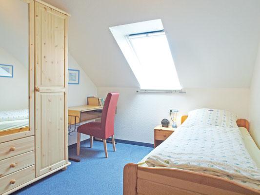 Lage Wohnzimmer Liegt Nach Sden Die Schlafzimmer Sind Ruhig Norden Gelegen
