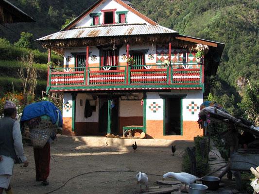 Maison du nord-est népalais