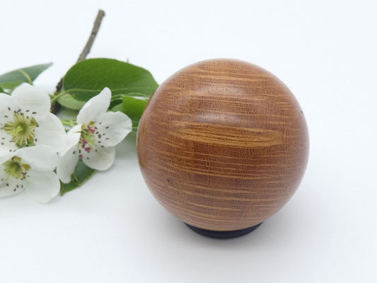 Holzkugel aus australischem Sheoak, 46 mm