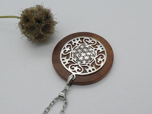 Halskette mit Anhänger aus Zwetschge & Ornament mit Blume des Lebens aus 925 SilberBlume des Lebens aus 925 Silber