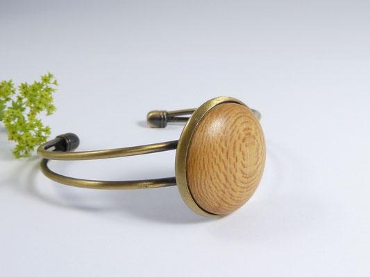 Armreif mit Holz