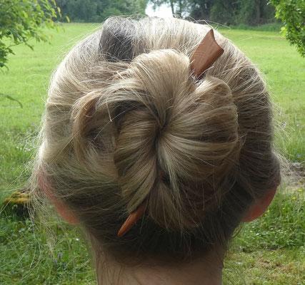 Haarstab aus Holz, Haarnadel