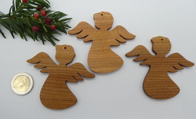 3 Engel aus Ulme
