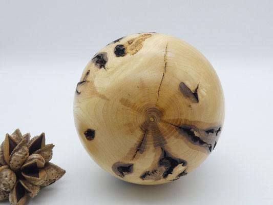 Holzkugel aus Esche gedrechselt