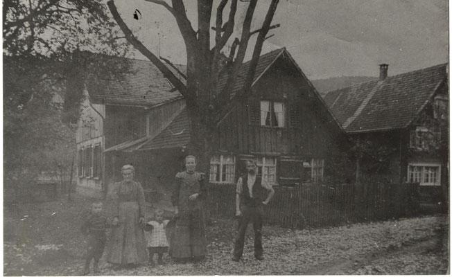 Haus rechts am Bildrand