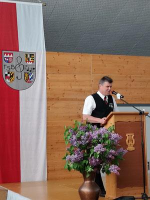 1. Vorsitzender der Sängergruppe Albachtal Gerd Rösel