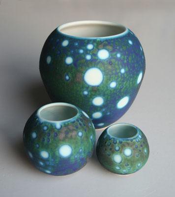 Cosmos pots