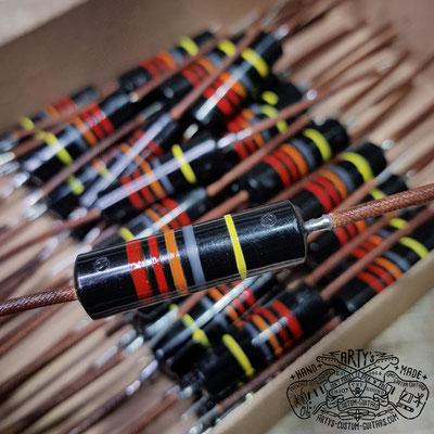 Bumblebee Capacitor Guitar Tone Capacitor www.artys-custom-guitars.com