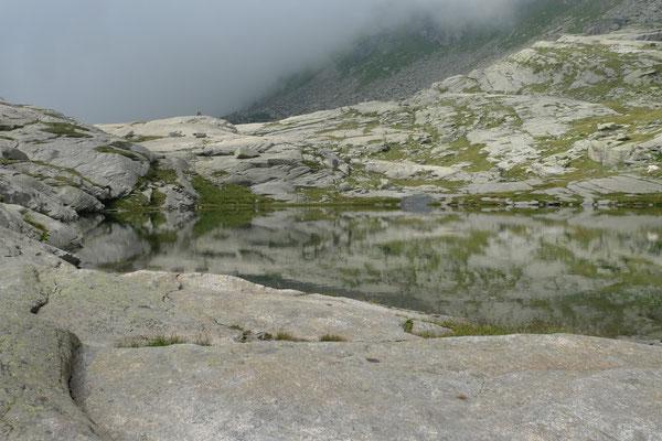 Seen unterhalb des Colle Crocetta