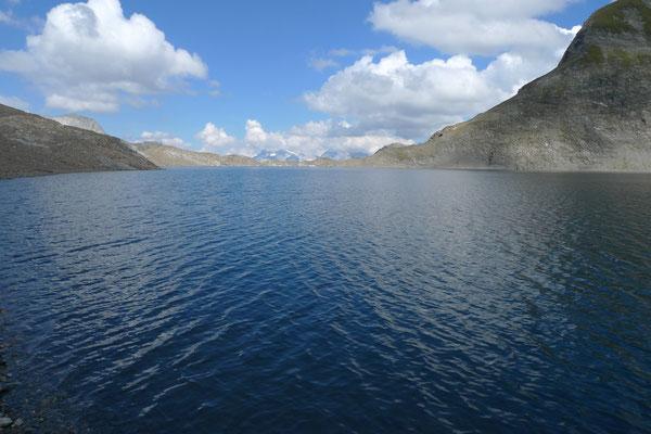 Der Gletschersee unter dem Piz Terri